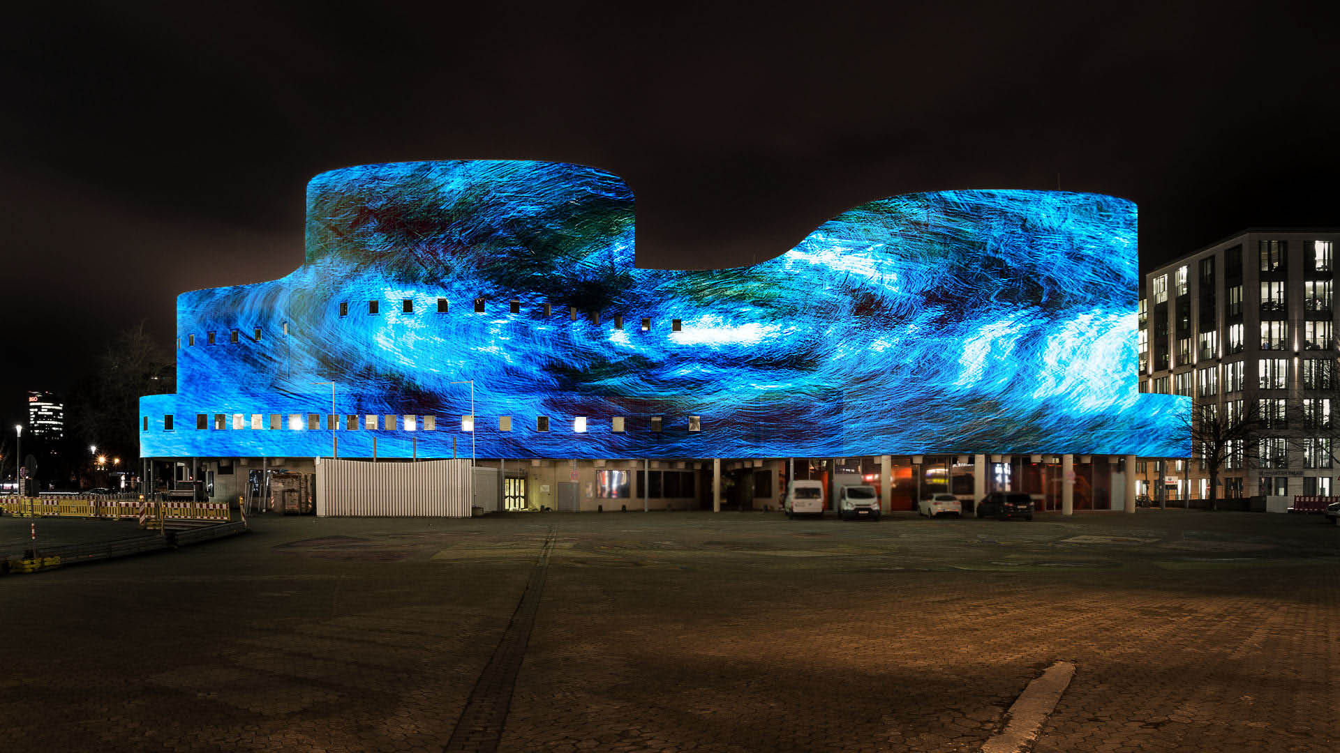 Videomapping on the facade of the Schauspielhaus Düsseldorf