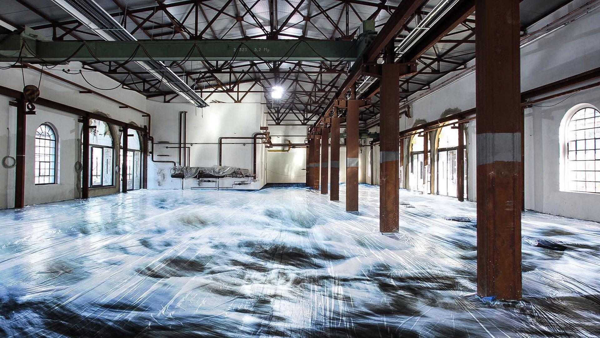 3D floor projection in an art gallery